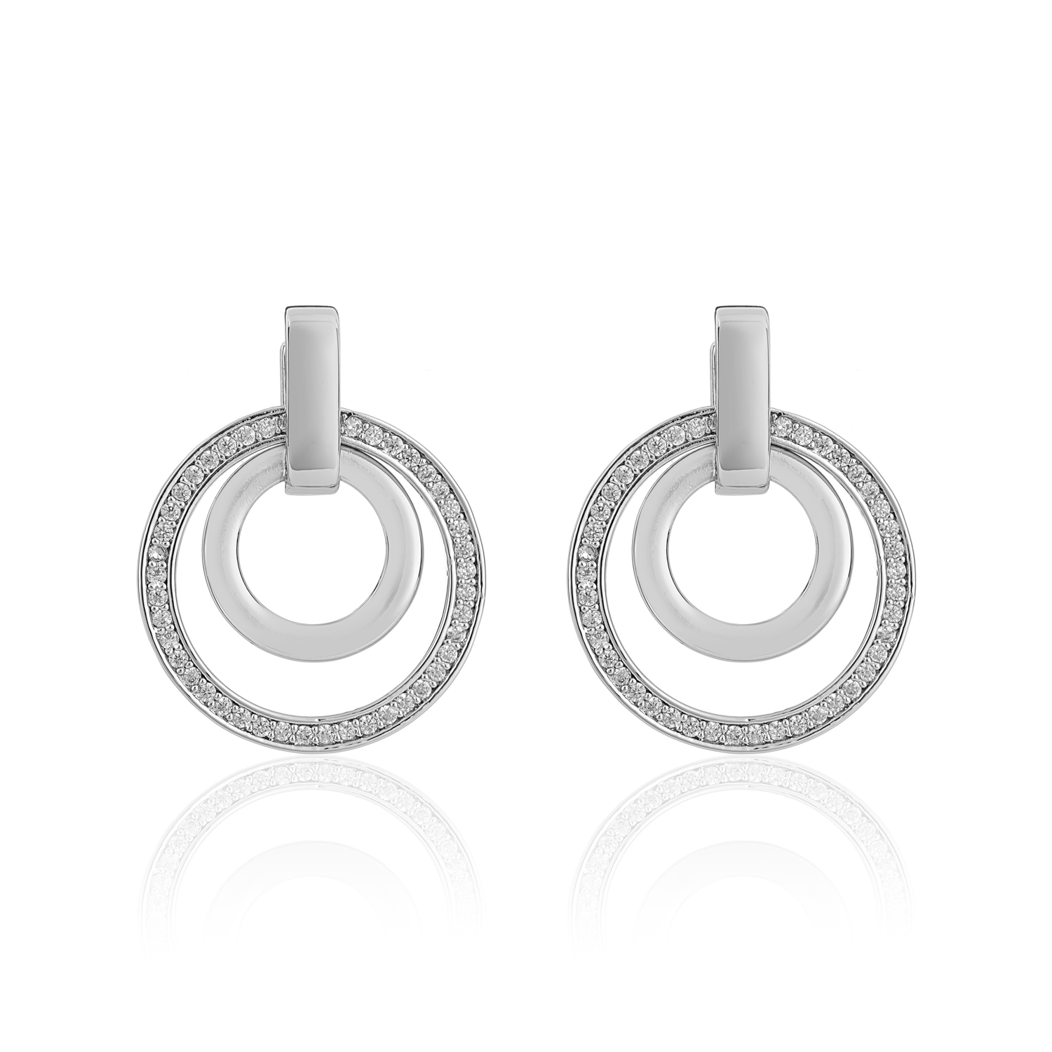 Cameo Silver Circle Sync Earrings